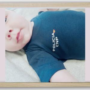 Body bebé policía nacional.